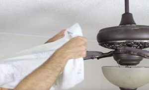 ways of cleaning ceiling fans